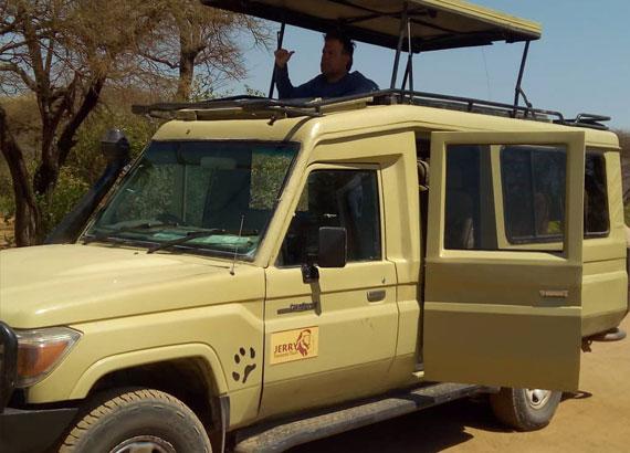 Safari Vechile